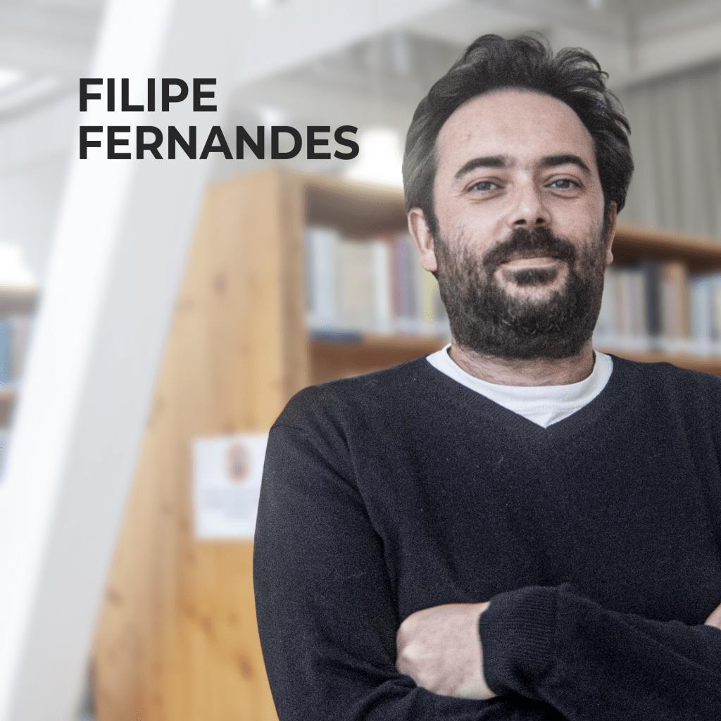 """Livro de Cabeceira EP.11 – Filipe Fernandes apresenta """"O Alienista"""" de Machado de Assis."""